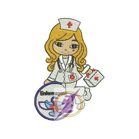 Jolie Enfermeira 03